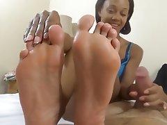 Foot Fetish, Handjob